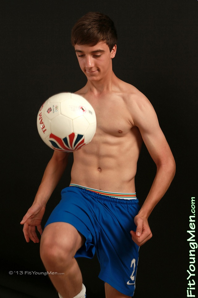 Nude guys that play for sports new porn photos