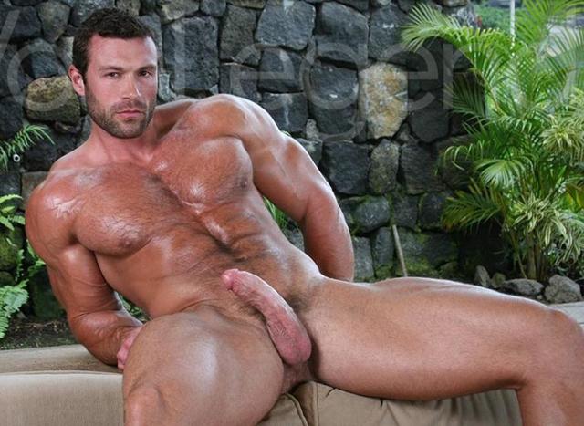 Legend-Men-nude-bodybuilder-bearded-hairy-chested-hunk-Von-Legend-aka-Matt-Davis-strips-bare-big-muscle-dick-001-male-tube-red-tube-gallery-photo