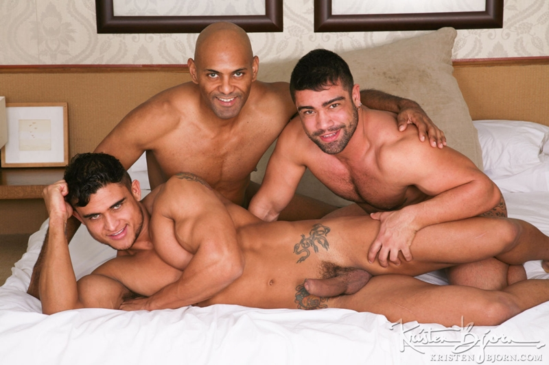 KristenBjorn-William-Bravo-Wagner-Vittoria-big-cock-asshole-Diego-Lauzen-fucking-rimming-cockcucker-balls-feeds-load-001-tube-download-torrent-gallery-sexpics-photo