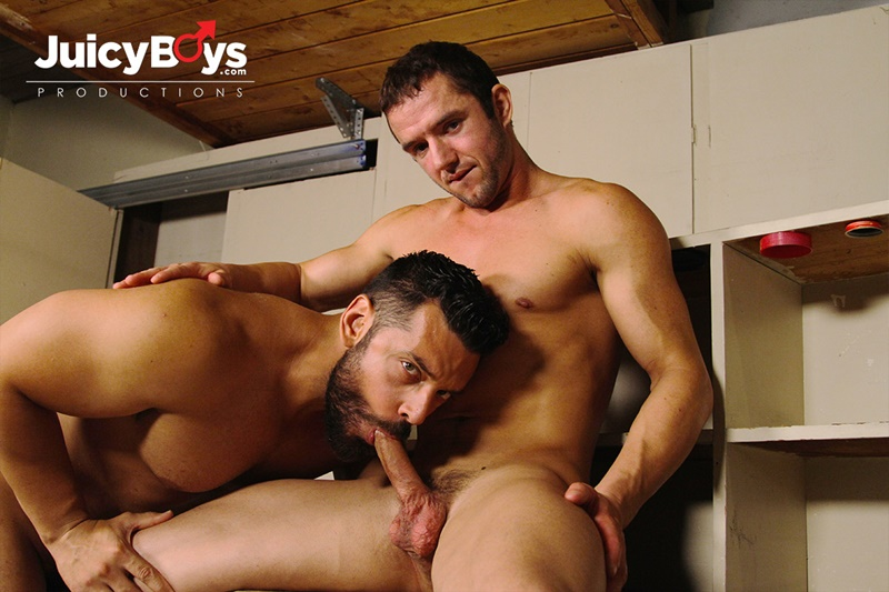JuicyBoys-naked-muscle-boys-Logan-Cruise-Marcus-Ruhl-bareback-hot-built-young-men-rent-college-guy-suck-big-erect-long-cock-cum-load-ass-01-gay-porn-star-tube-sex-video-torrent-photo