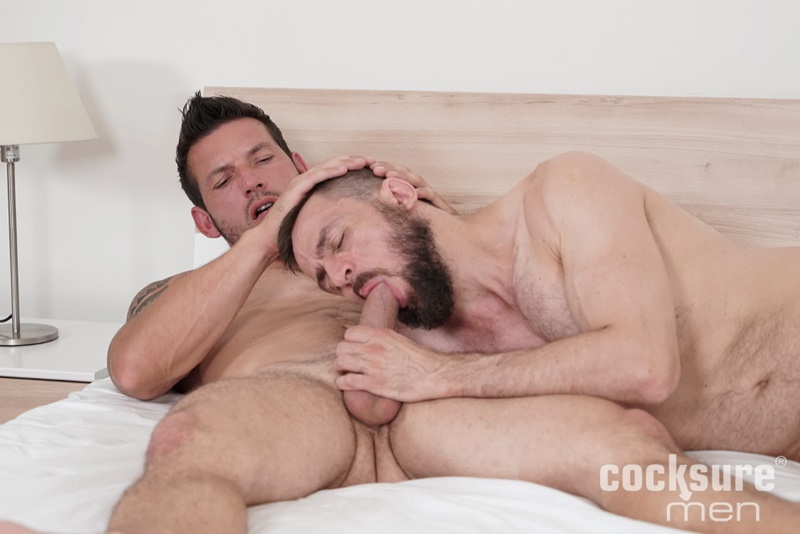 cocksuremen-sexy-muscle-hunk-marek-tanker-bareback-anal-fucking-daddy-stan-simons-tight-asshole-cocksucker-naked-men-001-gay-porn-sex-gallery-pics-video-photo