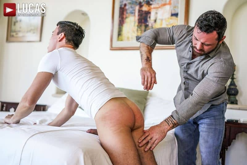 Daddy top Sergeant Miles huge thick raw dick breeds sexy young hottie Oliver Hunt tight bubble ass 011 gay porn pics - Daddy top Sergeant Miles's huge thick raw dick breeds sexy young hottie Oliver Hunt's tight bubble ass