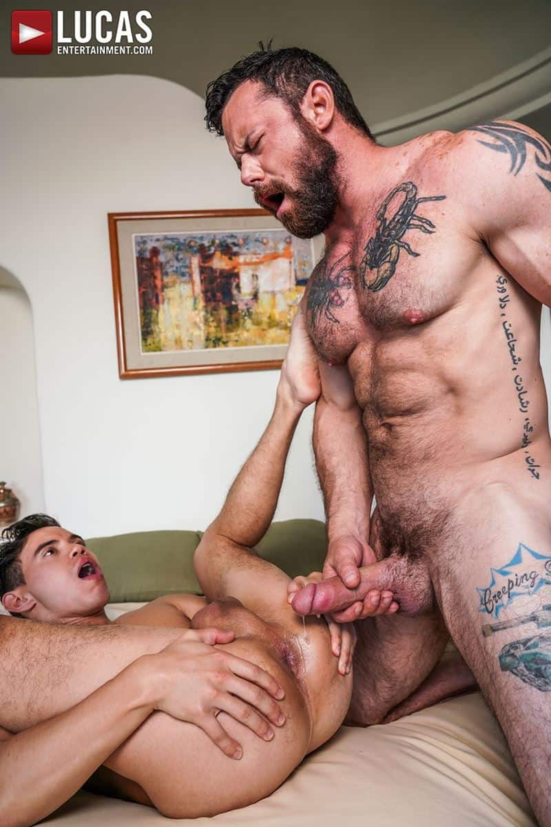 Daddy top Sergeant Miles huge thick raw dick breeds sexy young hottie Oliver Hunt tight bubble ass 028 gay porn pics - Daddy top Sergeant Miles's huge thick raw dick breeds sexy young hottie Oliver Hunt's tight bubble ass