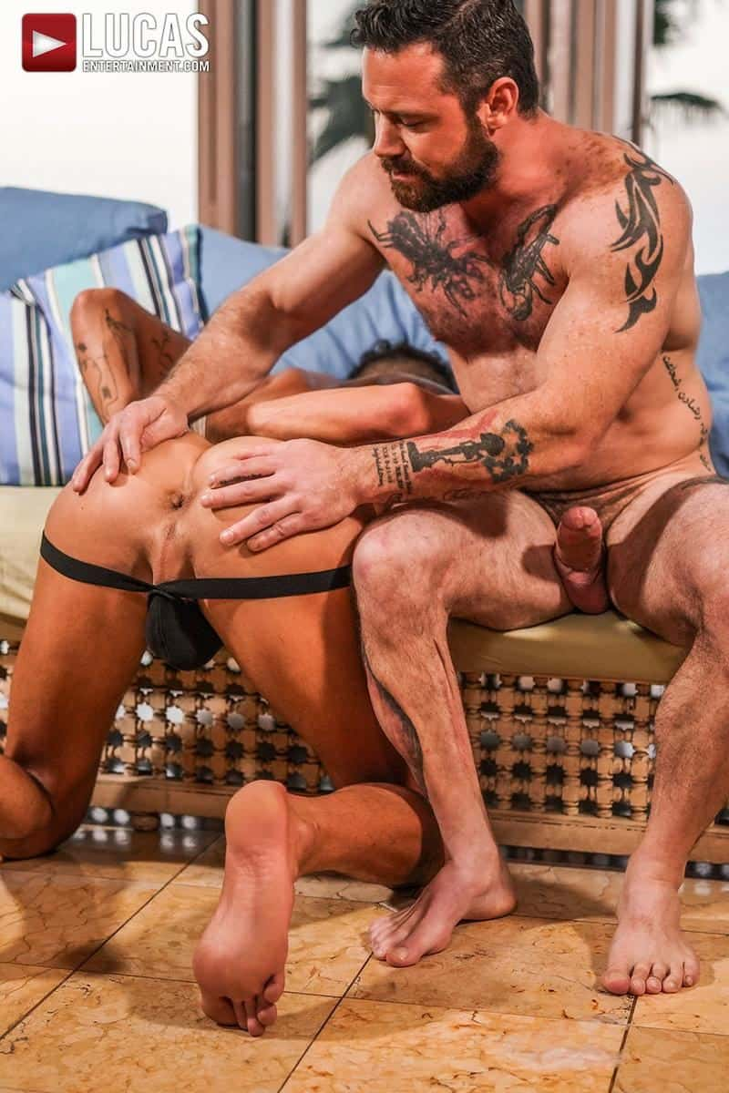 Muscled older stud Sergeant Miles huge raw dick dominates ripped younger dude Valentin Amour hot hole 12 gay porn pics - Muscled older stud Sergeant Miles's huge raw dick dominates ripped younger dude Valentin Amour' hot hole