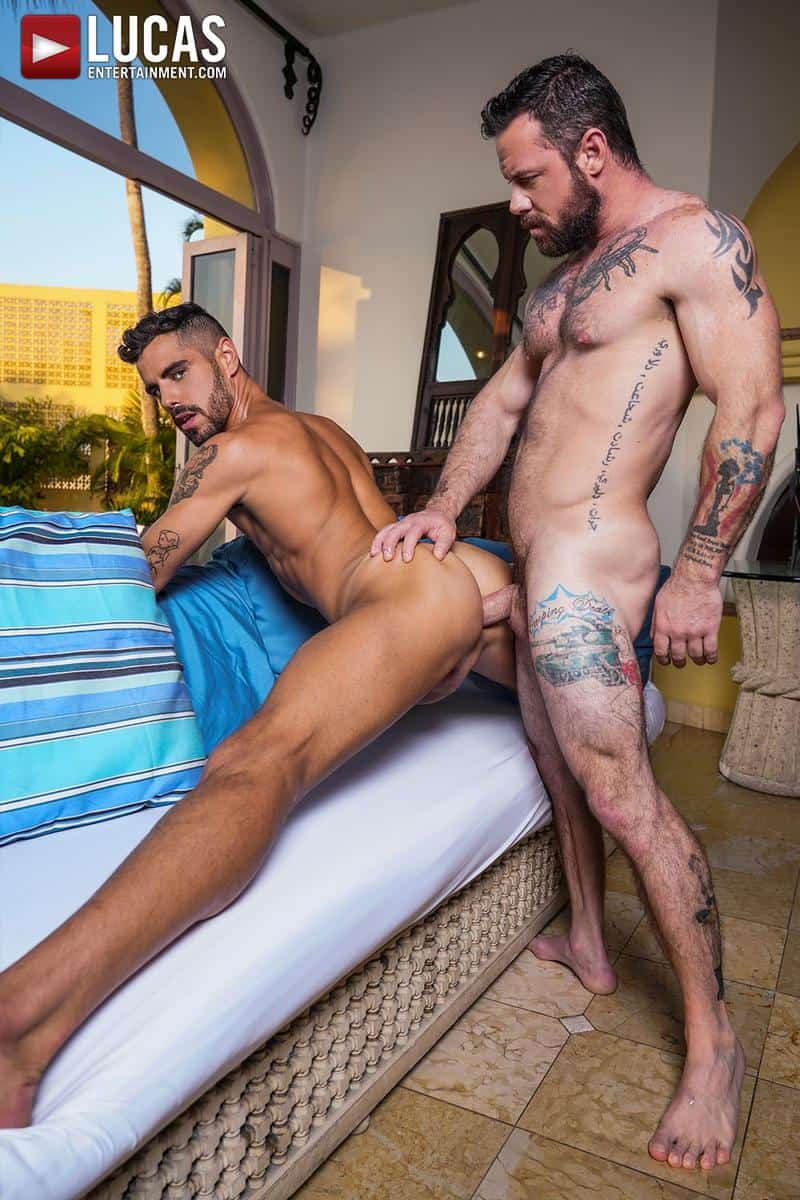 Muscled older stud Sergeant Miles huge raw dick dominates ripped younger dude Valentin Amour hot hole 15 gay porn pics - Muscled older stud Sergeant Miles's huge raw dick dominates ripped younger dude Valentin Amour' hot hole