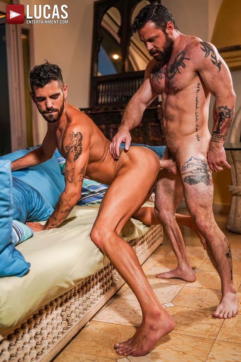Muscled older stud Sergeant Miles huge raw dick dominates ripped younger dude Valentin Amour hot hole 16 gay porn pics - Muscled older stud Sergeant Miles's huge raw dick dominates ripped younger dude Valentin Amour' hot hole