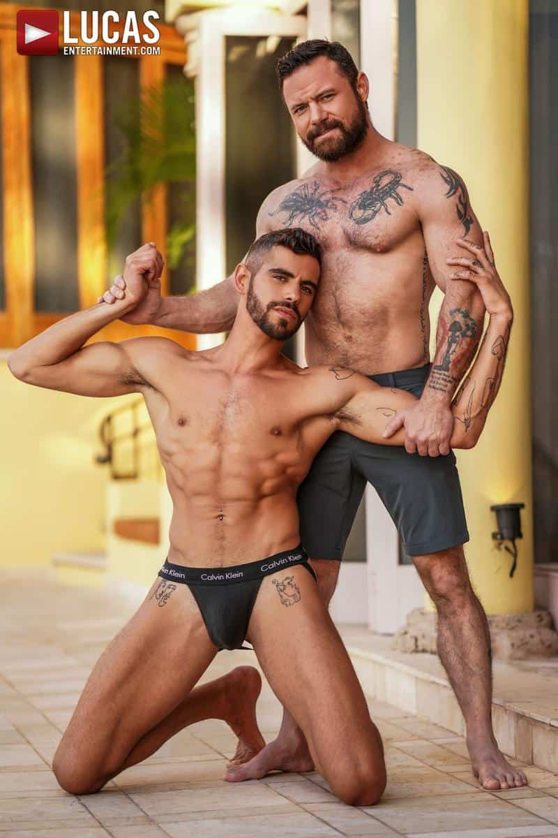 Muscled older stud Sergeant Miles huge raw dick dominates ripped younger dude Valentin Amour hot hole 3 gay porn pics - Muscled older stud Sergeant Miles's huge raw dick dominates ripped younger dude Valentin Amour' hot hole