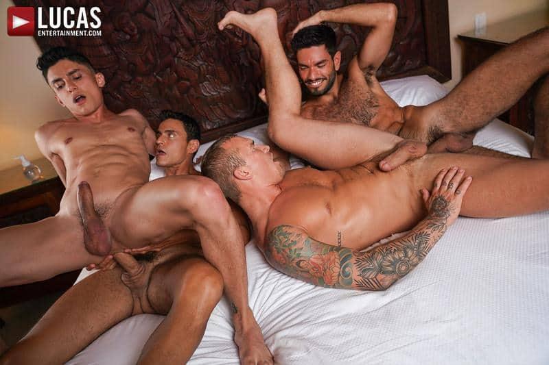 Hardcore gay foursome Isaac X Nico Zetta Joaquin Santana Rafael Carreras bareback ass fucking 13 gay porn pics - Hardcore gay foursome Isaac X, Nico Zetta, Joaquin Santana and Rafael Carreras bareback ass fucking